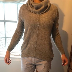 NWOT Max Studio Cashmere Sweater